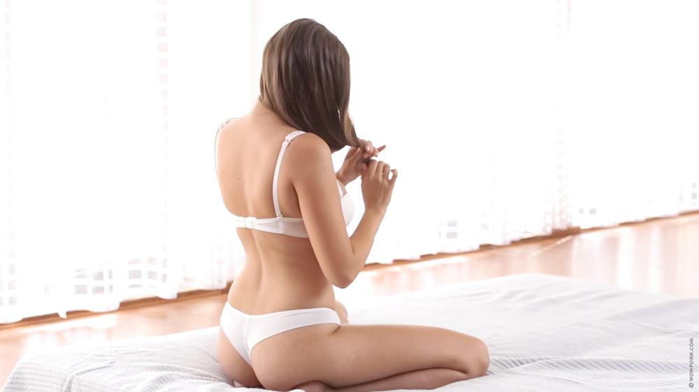 her suck around knees down panties